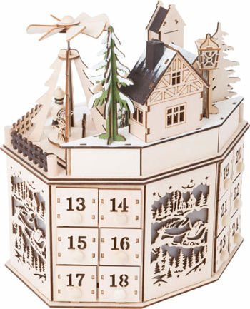 Advent Calendar with Pyramid