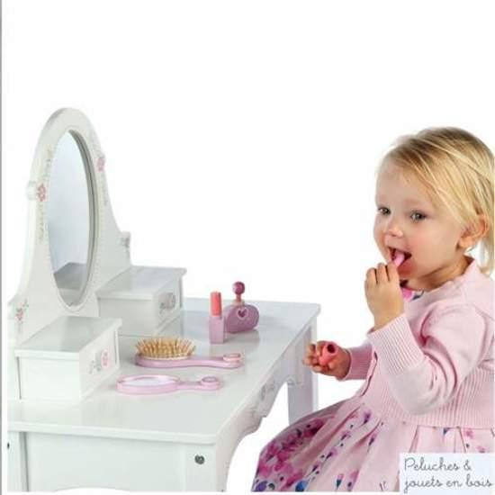 Perfekcyjna Toaletka Dla Dziewczynki Do Zabawy